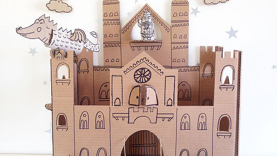 publication-coolnbello-diy-carton-castle