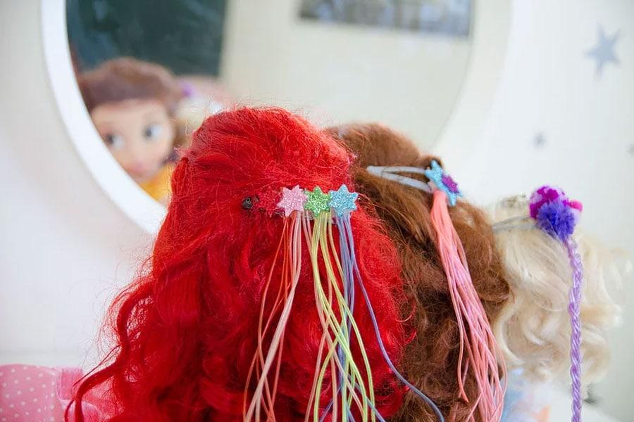 קייטנת אמא, יום אופנה - סיכות שיער