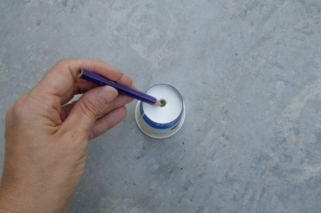 הדרכה להכנת שרשרת נורות מכפיות פלסטיק