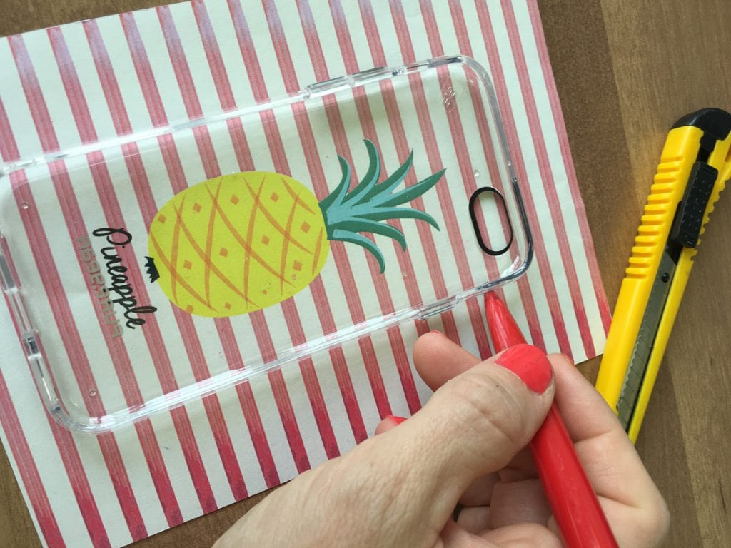 הדרכה ליצירת כיסויים טרופיים לטלפון סלולרי- מורידים את הקובץ מתנה מדף הפרינטבלס