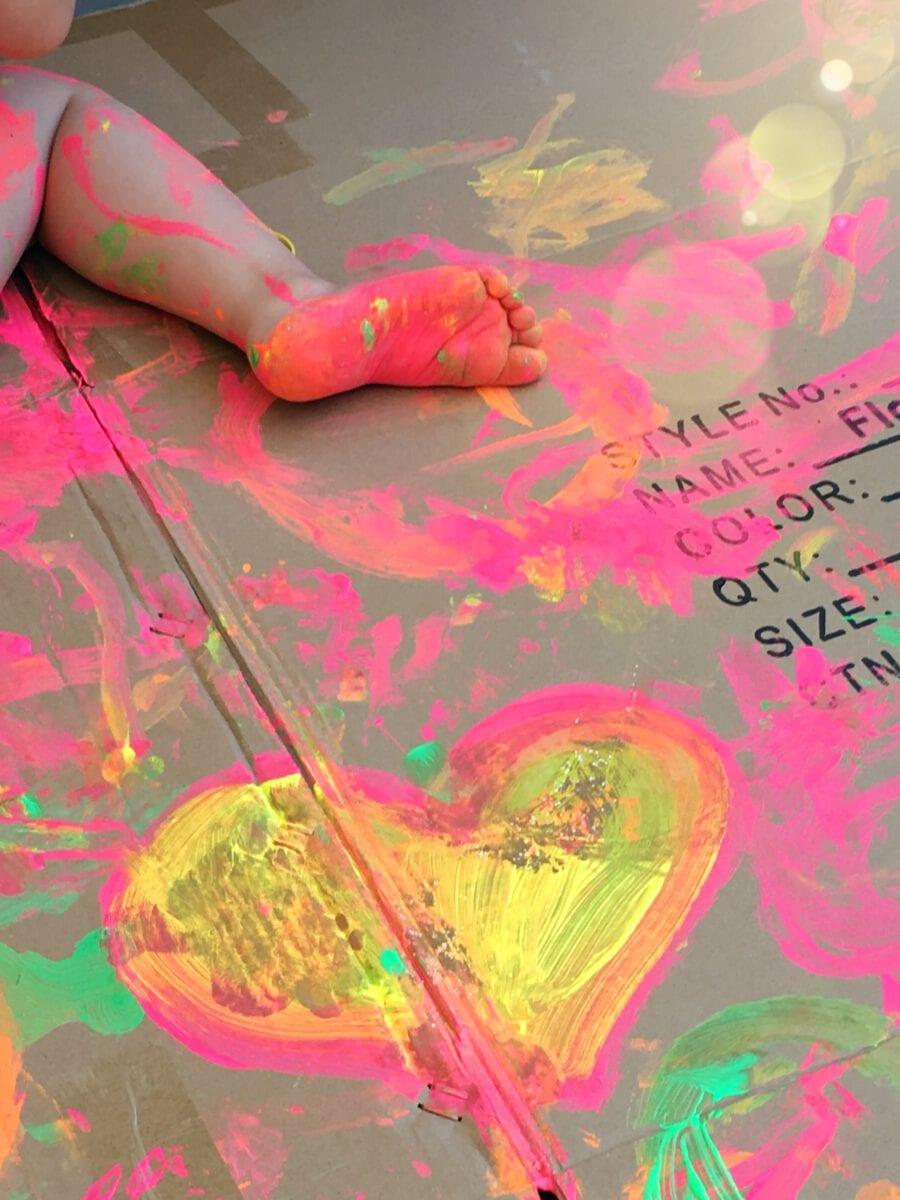 קייטנת אמא- יום צבע
