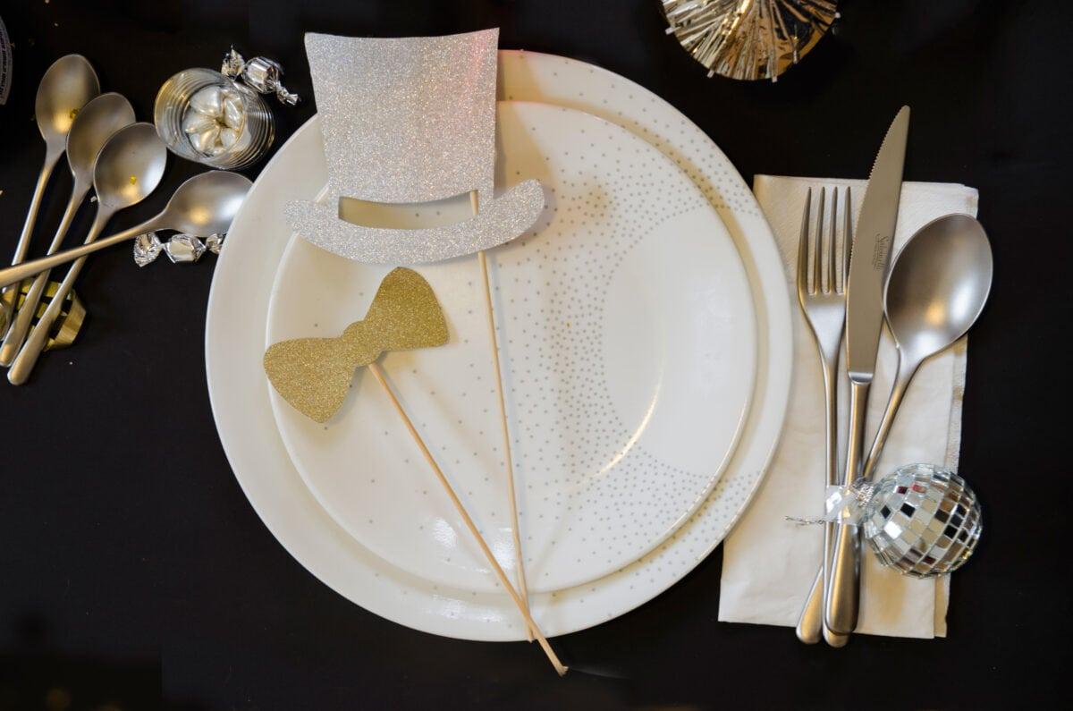 איך לערוך שולחן למסיבת סילבסטר נוצצת